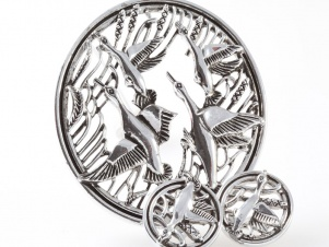 Sarah Coventry 'birds in flight' demi set pendant brooch earrings