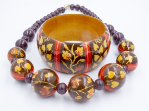 Vintage 1980s statement wooden necklace bangle set