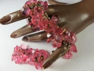 1950s pink margarita rivoli cha cha cha bracelet earrings