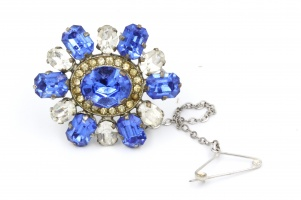 Vintage Edwardian paste blue clear brooch