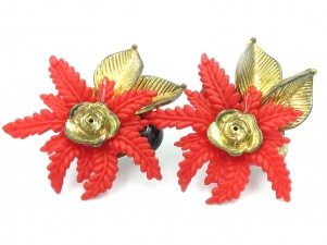 Vintage 1980s statement Poinsietta red flower clip on earrings