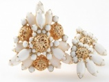 D & E stacked white glass filigree brooch earring set - immaculate