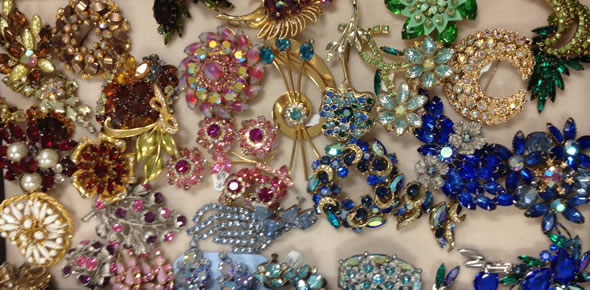 Vintage Jewellery Retro Art Deco Costume Jewellery Bejewelled Vintage